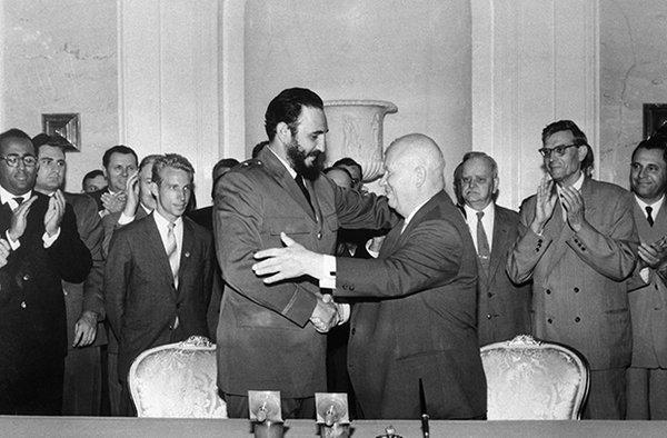 Лидеры СССР и Кубы