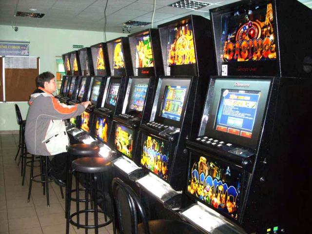 Игровые автоматы в саратове игровые автоматы видео покер играть