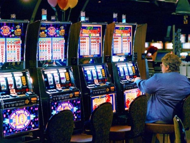 Игровые автоматы симуляторы, видео украина выиграть в игровые автоматы